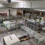 Assemblage nieuwe productielijn en elektrische bekabeling